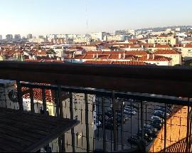 Quartos com ac e vista sobre a cidade Lisboa Alvalade