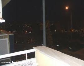 Imovel T2 com varanda cozinha equipada Lisboa IST