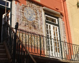 Authentic room in Alfama