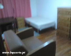 Quarto ou Apartamento para Alugar em Leiria