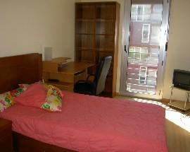 Aluga se um quarto em apartamento novo na Alta de Lisboa