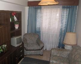 Alugo quarto em Aveiro para menina