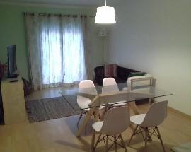 Alugo quarto ou apartamento no Entroncamento