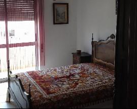Alugo quarto para ferias ou temporario em Portimao