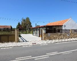 Pequena vivenda com patio em Ilhavo