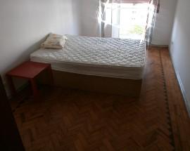 Alugo quarto no centro do Laranjeiro