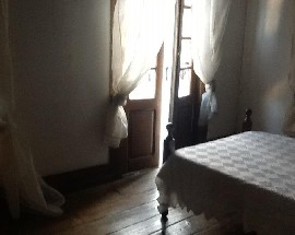 Apartamento em casa antiga no centro da Covilha