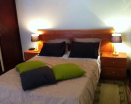 Alugo Apartamento T0 no Porto na Foz do Douro