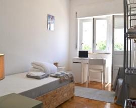 Brigth and sunny apartamento renovado com 3 quartos Covilha