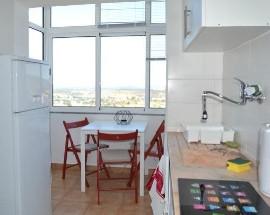 Apartamento novo acabado de renovar com 3 quartos Covilha