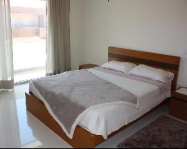 Quarto suite em moradia nova Porto HSJ