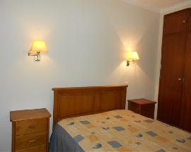 Tenho um quarto mobilado em Albufeira