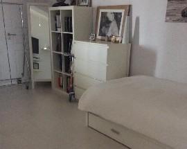 Quarto casa de banho privada Miraflores Linda a Velha