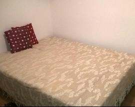 Tenho um quarto para arrendar em Sapadores na Graca