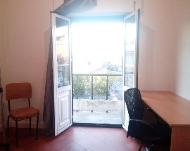 Arrendo quarto espacoso na Rua Antonio Jose de Almeida