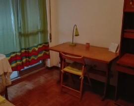 Alugo 2 quartos com despesas incluidas perto do Oeiras Park