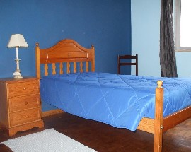 Alugo quarto mobilado em Alverca