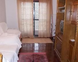 Aluga se quarto mobilado e individual a rapariga Lisboa