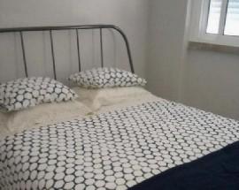 Alugo quarto em Corroios