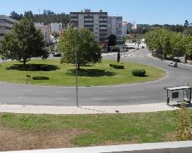 Quarto individual Quinta das Flores frente Coimbra Shopping