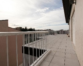 Very large and confortable apartment Porto HSJ