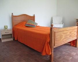 Alugo quartos no centro de Faro
