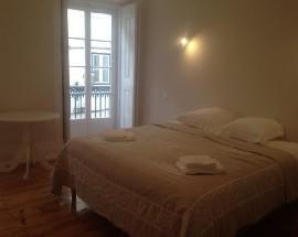 Alugo apartamento em Lisboa so no mes de Agosto 2017