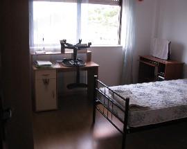 Quarto acolhedor individual a menina em Braganca centro