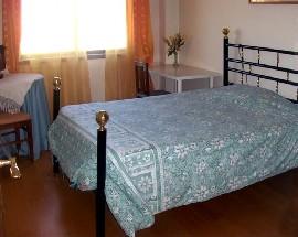 Belissimo quarto para uma ou duas pessoas no centro do Porto