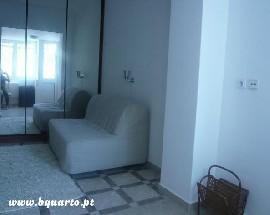Tenho apartamento equipado e mobilado em Lisboa