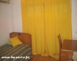 Alugo quarto mobilado ar condicionado em apartamento T4 Faro