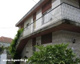 Alugo meia moradia em Caminha