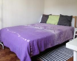 Quarto mobilado Room Mouraria LX