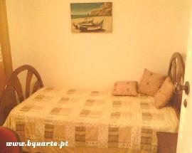 Alugo quarto perto do Instituto Miguel Torga em Coimbra