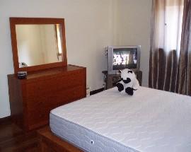 Alugo quarto em apartamento muito sossegado de seg a sexta