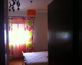 Quartos com cama de casal mobilados em Montemor o Velho