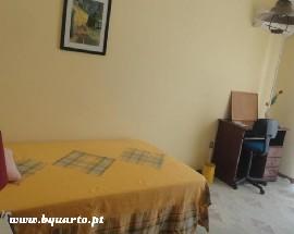 Arrendo quartos mobilados a estudantes em Faro