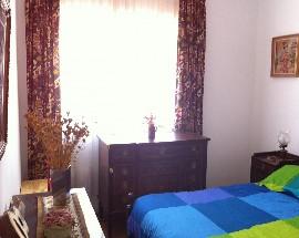 Arrendo quarto com wc privativo na Av Roma em Lisboa