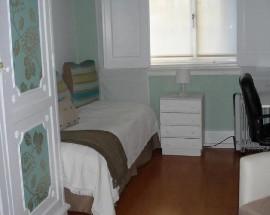 Alugo um bom quarto no centro de Lisboa