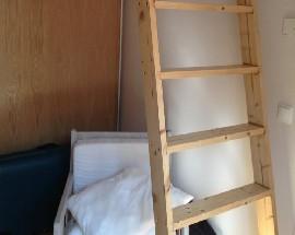 Quarto individual com cama de casal alugo em Lisboa