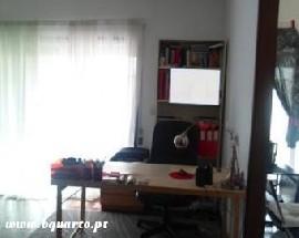 Apartamento T0 restaurado em Braga Universidade