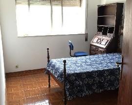 Arrendo um quarto perto do ESEC e Dolce Vita e do GiraSolum