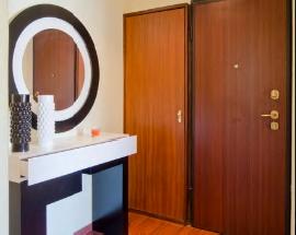 Alugo apartamento mobilado junto as torres de Lisboa
