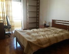 Alugo quarto para estudante em Coimbra