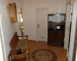Alugo quarto num apartamento renovado em Coimbra