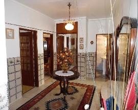 Arrendo quartos ou T3 mobilado e equipado em Faro