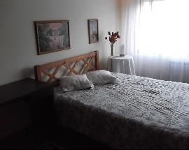 Alugo Quarto com wc privativo em casa de familia no Porto