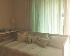 Quarto em suite para arrendamento no Monte Estoril