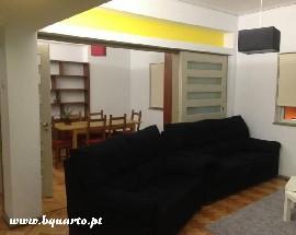 Alugo quartos para estudantes no Porto