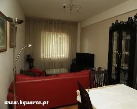 Alugo quartos para estudantes em Braga
